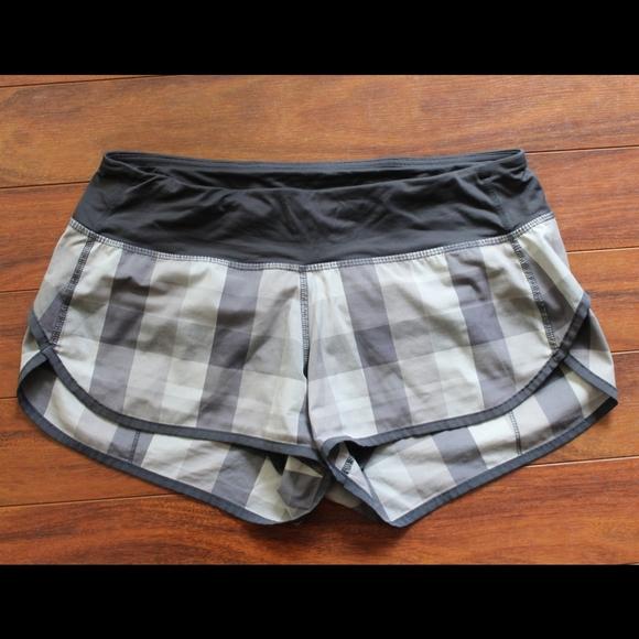Lululemon plaid speed shorts lined